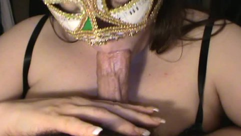 Dude in mask gobbling up hard dick