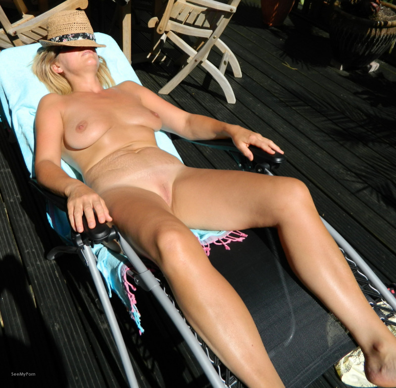 Naked moms in garden, nude naked clitoris n penis