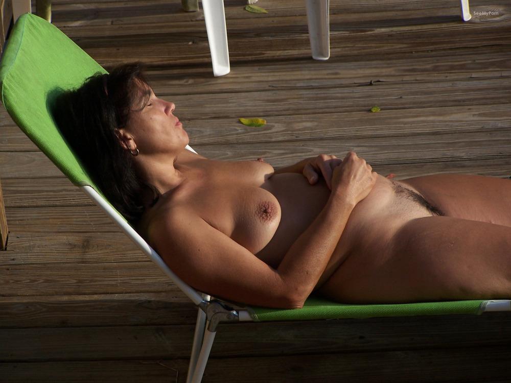 nude-neighbours-wives-seduce-friends